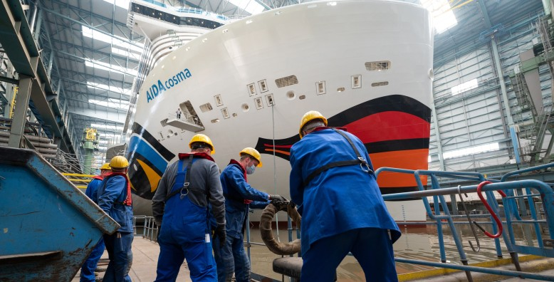 New LNG cruise ship AIDAcosma leaves building dock at Meyer Werft (July 2021)